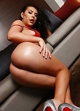 Superstar Chanel Santini Alone In A Hotel