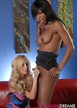 Ebony hotness Natassia getting it on with Kimber