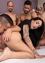 Victoria Neves - 11 Loads Deposited & Swallowed Gangbang