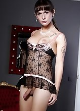 Gorgeous tgirl Nicole posing her goodies