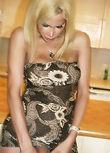 Sensual Shemale Milla Viasotti with Great Curves taking off her dress