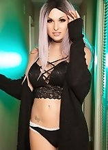 If only possible Bailey will tractor beam your longing dick up her ass right now
